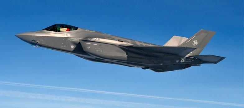 Il Mondo Scopre Che Gli F-35 Sono Gli Iphone Dei Caccia