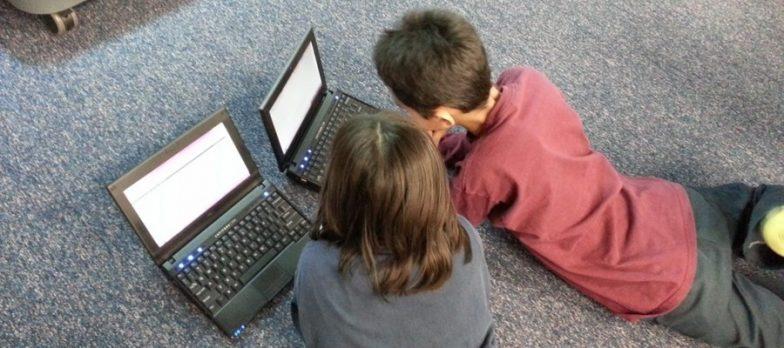 Come Proteggere I Vostri Figli A Casa Dai Pericoli Di Internet