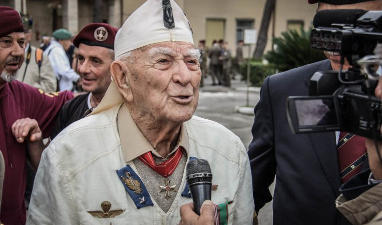 La Folgore Celebra Il 75esimo Anniversario Della Battaglia Di El Alamein