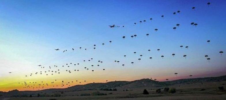 La Folgore Si Addestra Con La NATO Sull'interoperabilità Nella Airborne Community