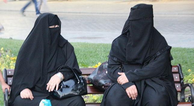 Indonesia, è Psicosi Attentati: Le Persone Fuggono Se Incontrano Donne Col Niqab