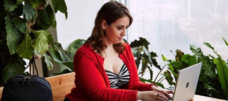 Holly Brockwell è L'esempio Che Le Donne Nel Settore Della Tecnologia Sono Uguali O Migliori Degli Uomini