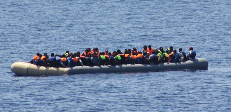 UK: I Trafficanti Di Migranti Usano Facebook Come Agenzia Di Viaggi