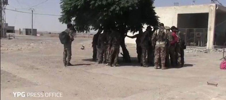Siria, Isis A Raqqa Non Regge Al Pressing SDF E Cede Terreno Sui 3 Assi
