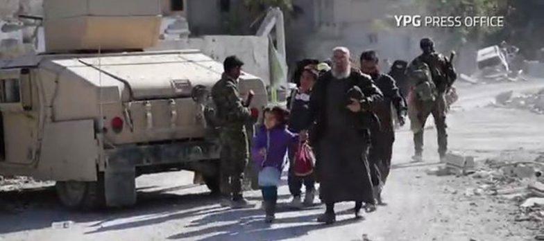 Siria, Assalto Finale A Isis A Raqqa. Oltre 100 Miliziani Si Arrendono