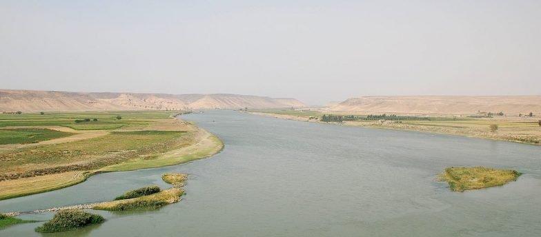 Siria, Isis A Deir Ezzor Fugge Dalla Middle Euphrates Valley Verso Il Deserto Di Badiya